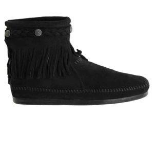 Minnetonka hi top braided fringe ankle boots